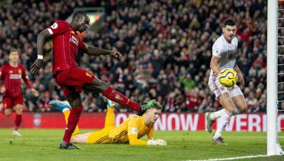 Golazo de Mané tras bella pared con Salah en letal contragolpe de 5 toques en el Liverpool vs Sheffield