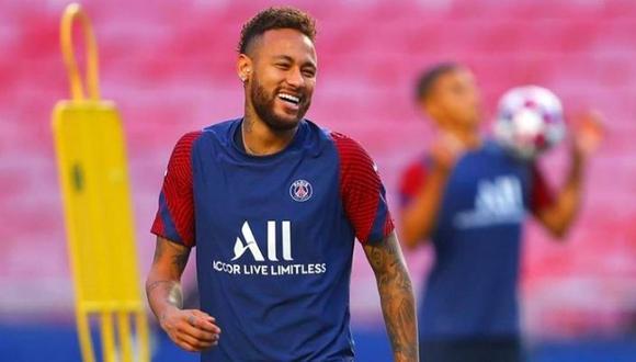 Neymar demuestra toda su fantasía previo a la final de la Champions League