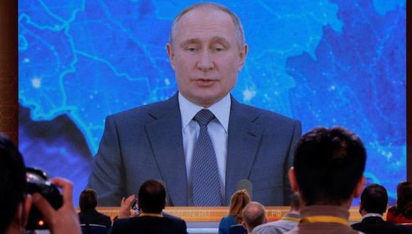 Cientos de médicos, personal de apoyo, así como funcionarios y visitantes del mandatario, han pasado tiempo en cuarentena en toda Rusia para evitar contagiar al gobernante. (Foto: Reuters)