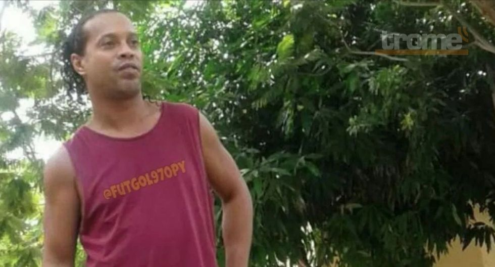 Ronaldinho cumple un mes en la cárcel y graba este mensaje a sus seguidores