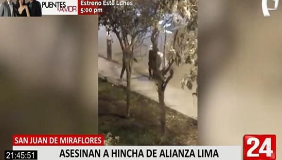 En las imágenes que grabaron las cámaras de seguridad se ve que el joven, quien permanecía tendido en medio de la pista, es auxiliado por sus amigos. Un patrullero de la Policía pasa por el lugar pero no percata del herido. (Foto: 24 Horas)