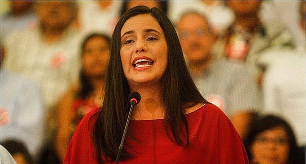 """Verónika Mendoza consideró que para resolver la crisis política desatada por la constructora brasileña """"no basta con chivos expiatorios ni cortar algunas cabezas"""". (Foto: GEC)"""