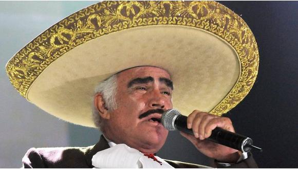 Vicente Fernández fue señalado como acosador tras difusión de videos con sus fans. (Agencias)