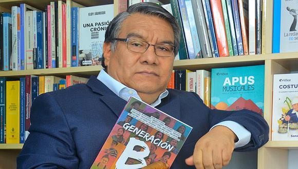 Jesús Raymundo, el 'Doctor Tilde', convocó a veintiún cronistas de distintas generaciones y ciudades con la consigna de contar historias de jóvenes menores de 25 años. (Foto: Artífice Comunicadores)