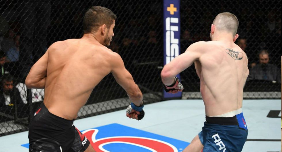 Leonardo Santos le apagó las luces al escocés Stevie Ray, con un derechazo. (Fotos: UFC/Agencias)