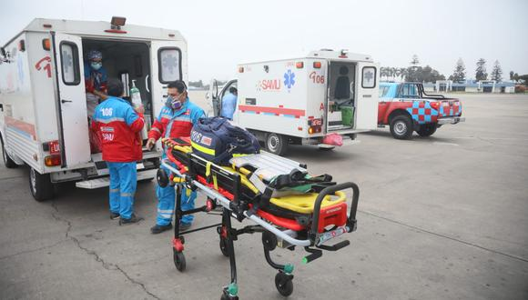 Ambulancias del SAMU esperan en Lima a siete de los ocho heridos de accidente en Ucayali. (Foto: Minsa)