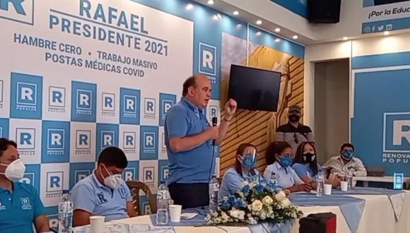 Controvertidas declaraciones de Rafael López Aliaga en conferencia. (Captura Facebook)
