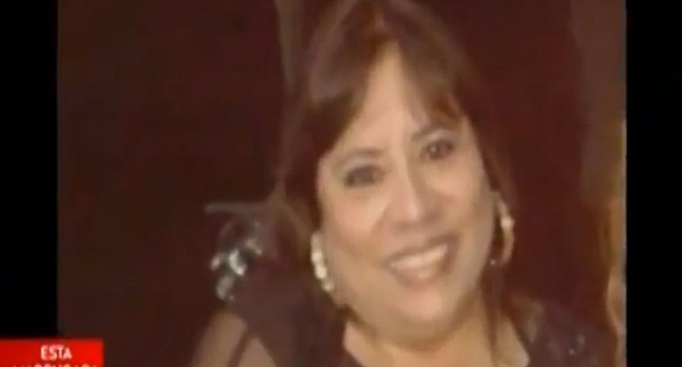 Sujetos a bordo de moto mataron a balazos a una mujer y dejaron herido a hombre. Foto: Captura de América Noticias
