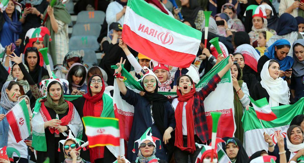 Irán permitió ingreso de mujeres al estadio en partido ante Camboya: Hito histórico tras amenaza de la FIFA