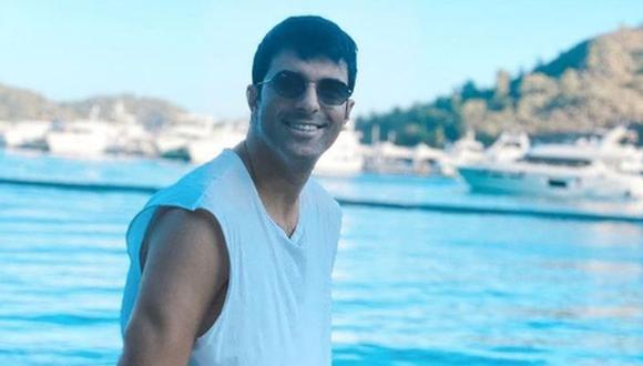 Engin Akyürek también se encuentra en Grecia junto a Ahmet Tansu Taşanlar y Oya Unustası (Foto: Engin Akyürek/Instagram)