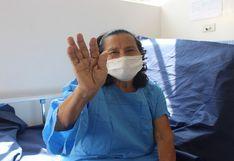 Mujer de 71                         años fue dada de alta tras vencer al COVID-19 en                         el Hospital Emergencia Ate Vitarte