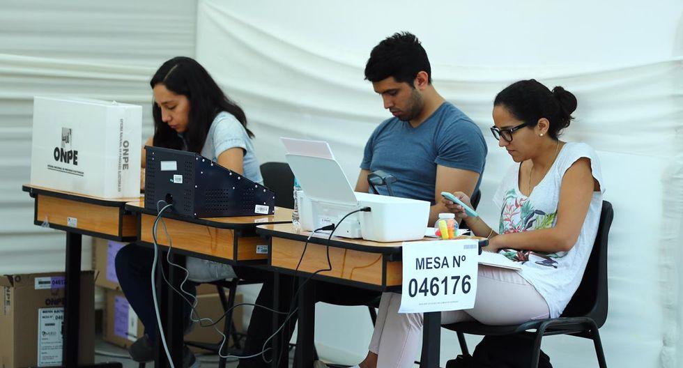 Jornada electoral del Referéndum 2018 se desarrolla con normalidad, aunque hubo retrasos en la instalación de las mesas de sufragio. (FOTOS: GEC)