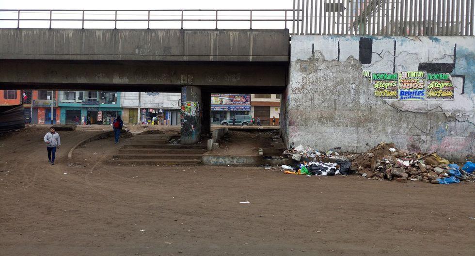 Vecinos de SJM viven un infierno por obras inconclusas en avenidas Los Héroes y Pachacutec (Foto: @jomimo8562)