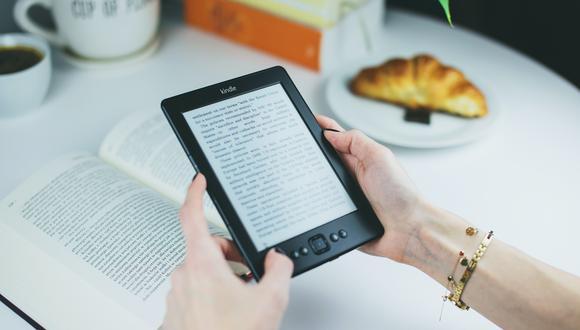 El Ebook es un archivo de formato digital especialmente programado para ser leído e interpretado por dispositivos electrónicos. Foto: Pexels.