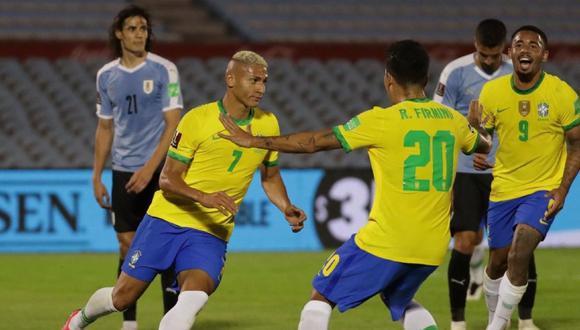 Richarlison puso el segundo gol de Brasil en Montevideo. (Agencias)