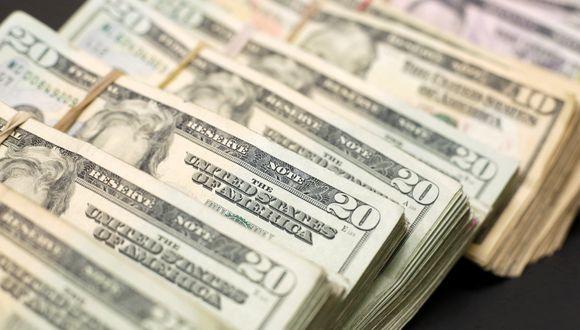 El martes, la moneda local llegó a hundirse hasta un nuevo mínimo nivel histórico. (Foto: Reuters)