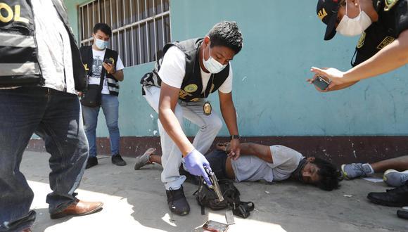 Integrantes de la banda 'Los Malandros' planeaban robar 15 mil soles a un comerciante de la urbanización San Diego, en San Martín de Porres. | Foto: Joseph Ángeles