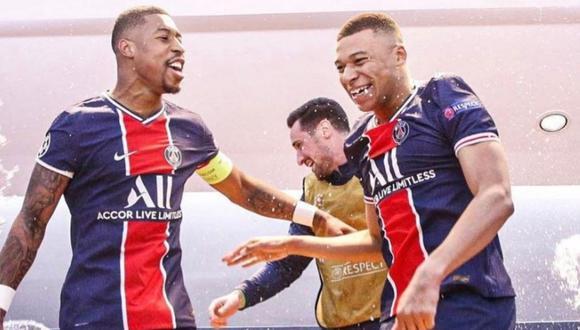 Kylian Mbappé bañó a sus compañeros en champán francés (Foto: Instagram)