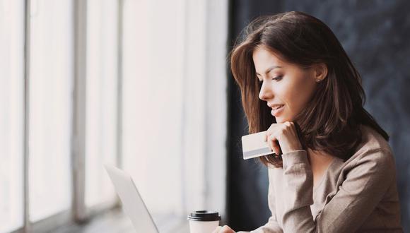 La tendencia es comprar y vender en línea.