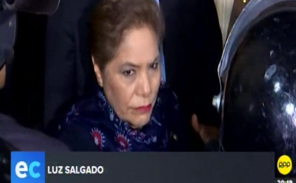 Luz Salgado quiso llorar por lideresa de Fuerza Popular, pero no pudo. (Capturas: RPP)