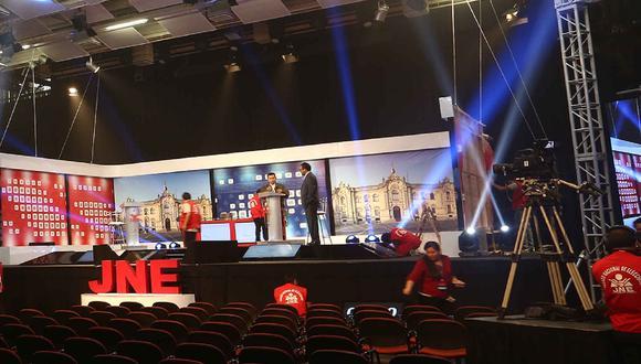 El debate presidencial organizado por el JNE se realizará en tres fechas, este lunes 29, el 30 y el 31. (Foto: JNE)