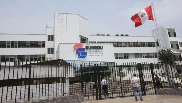 Sunedu reiteró que las condiciones de calidad se verifican presencialmente. (Foto: Andina)