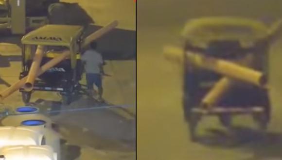 Lo contratan para que cuide obra, se roba tubos de PVC y regresa a cuidar | VIDEO