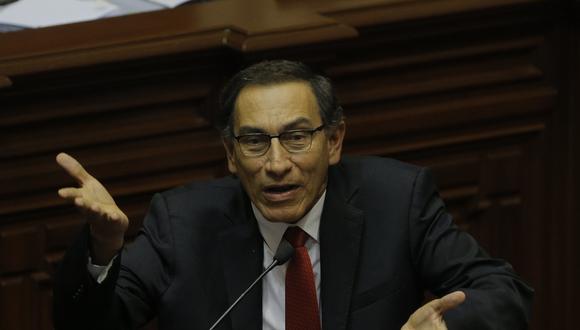 Martín Vizcarra se encuentra en el ojo de la tormenta.