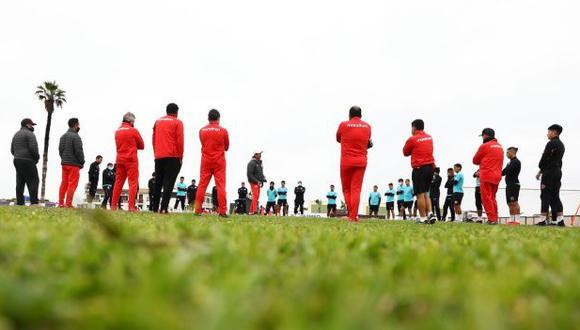 Universitario confirmó casos de coronavirus en la institución y anunció que todos los jugadores convocados están aptos para medirse a Cantolao, después de realizarse nuevas pruebas. (Foto: Universitario de Deportes)