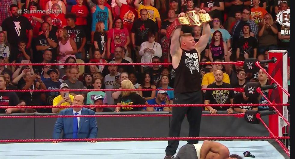 'La Bestia' Brock Lesnar volvió a terminar con Seth Rollines. (Captura Fox Sports 2)