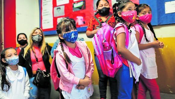 El Ministerio de Educación indicó que el regreso a las clases presenciales en el Perú se daría el 15 de abril. Sin embargo, sería de manera flexible, gradual y voluntaria. (Foto: Reuters)
