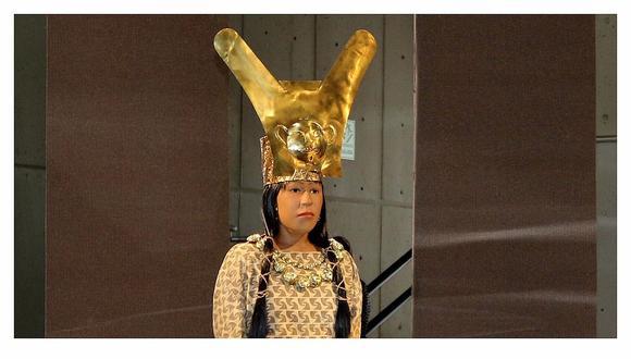 Busto simbólico con el rostro de la Señora de Cao, la mujer con un rango casi semidivino que estuvo oculta por 1.700 años en una fastuosa tumba de la Huaca (templo) Cao Viejo, en el interior del complejo El Brujo. (Foto archivo GEC)