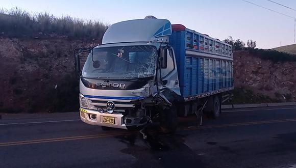 Puno: choque entre camión y automóvil dejó un fallecido y una persona herida (Foto difusión)