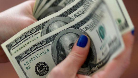 El dólar opera con una pérdida de 0,59% este lunes. (Foto: GEC)