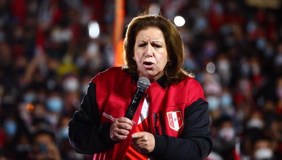 Lourdes Flores Nano cuestionó a Francisco Sagasti por haber dicho que confía en los resultados del JNE. (Foto: Hugo Curotto / @photo.gec)