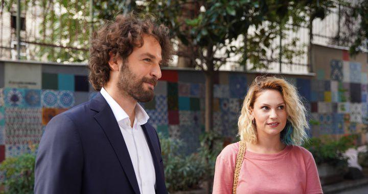 "Han (Birkan Sokulluha) e Inci (Farah Zeynep Abdullah) son los protagonistas de ""Inocentes"". (Foto: OG Medya)"