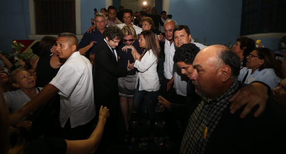Pilar Nores en el velorio de Alan García en la 'Casa del Pueblo' del Apra. (Fotos: GEC)