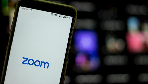 Una buena opción para estar comunicados esta Navidad es el aplicativo Zoom. (Foto: AFP)