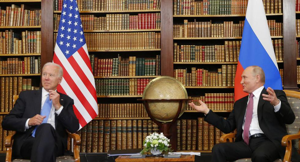 El presidente de Estados Unidos, Joe Biden, y el presidente de Rusia, Vladimir Putin, se reunirán en la 'Villa la Grange' en Ginebra, el 16 de junio de 2021. (Foto de DENIS BALIBOUSE / POOL / AFP).