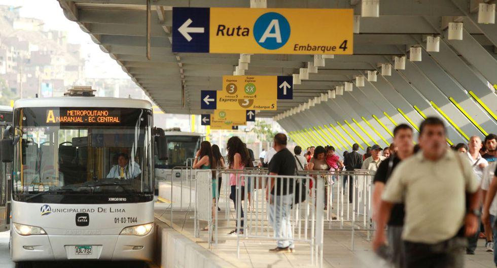Reubicación de las puertas de embarque en las estaciones del Metropolitano. (Foto: Andina)