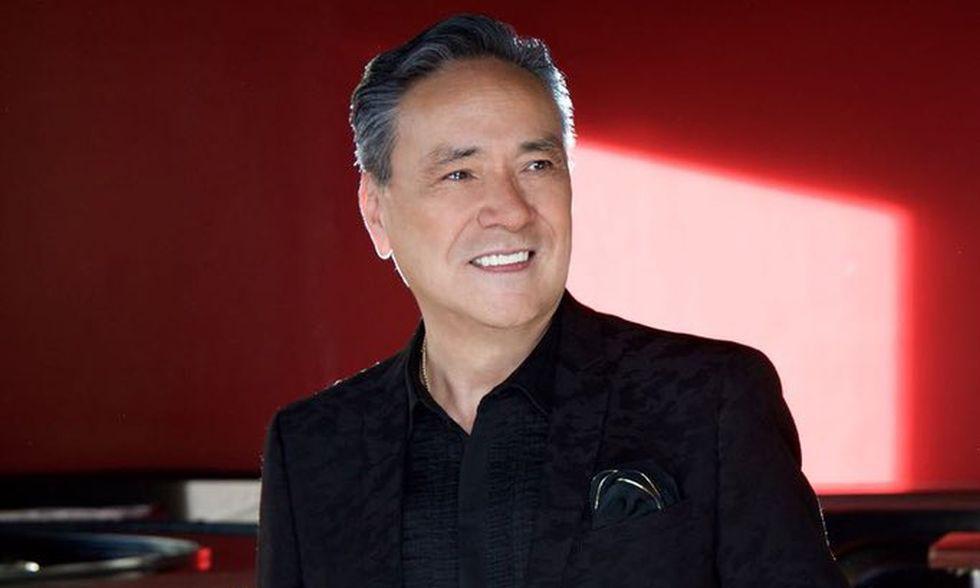 Muere cantante mexicano Yoshio por complicaciones del coronavirus