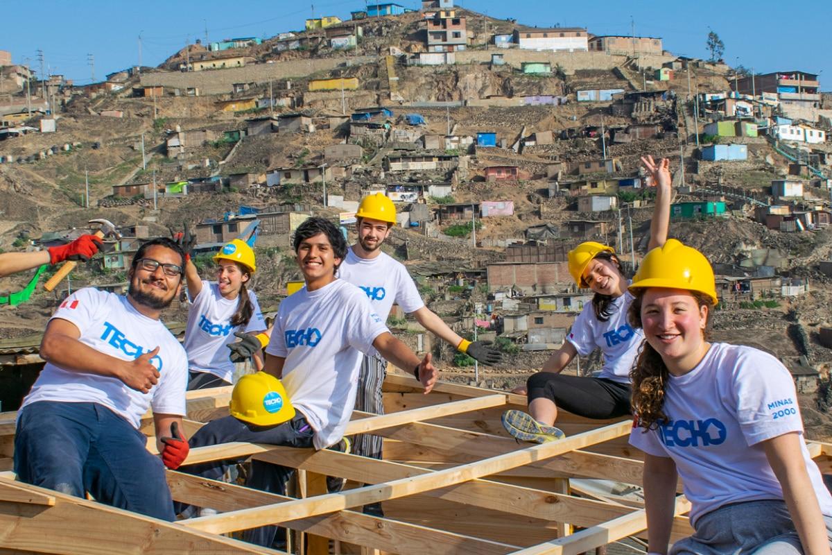 Cabify y TECHO Perú se unen como socios estratégicos para contribuir con esta causa social. | Crédito: Difusión