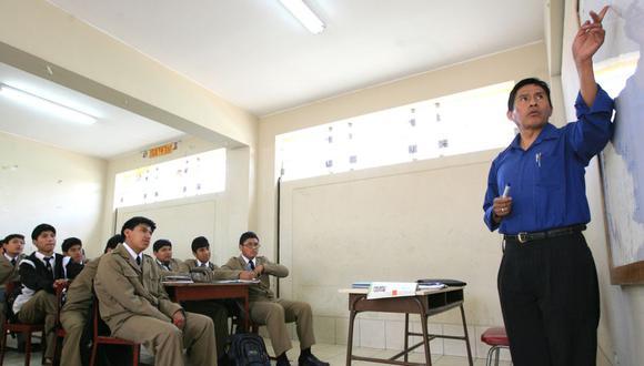 Los profesores dictan clases de manera remota desde abril de este año. (Foto: El Comercio)
