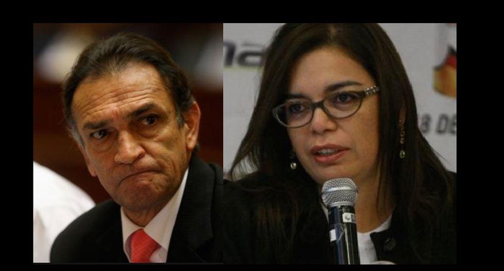 Héctor Becerril fue cuestionsdo por imagen de portal web