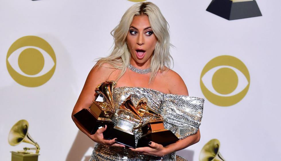 "Lady Gaga celebra sus tres premios Grammy y haber conocido a Cardi B al ritmo de ""I Like it"". (Foto: AFP)"
