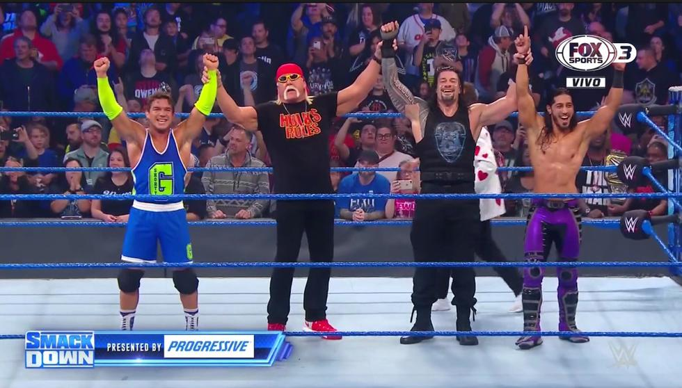 Hulk Hogan, Roman Reigns y los técnicos celebraron tremenda victoria. ( Captura FOX Sports 3)
