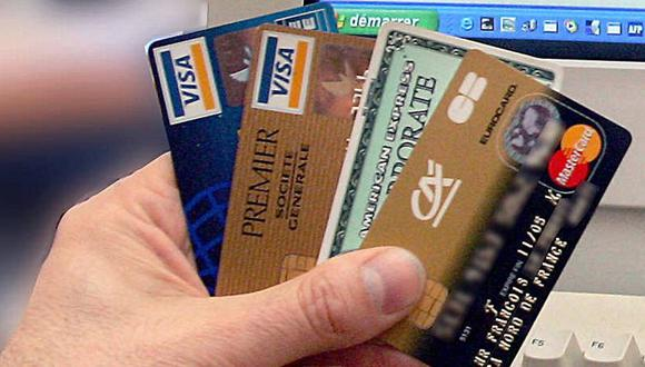 Venezuela | Ni Visa, ni Mastercard: Chavismo ordena a bancos crear nuevo sistema de pago. (AFP)
