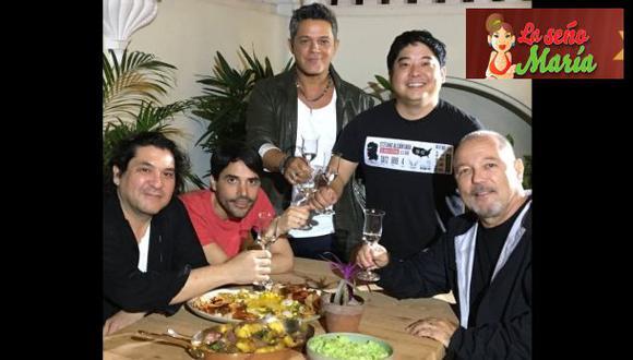 Alejandro Sanz y Rubén Blades disfrutan de la gastronomía peruana.