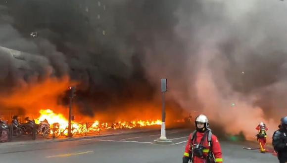 Se registra incendio en estación de trenes en París. (Foto: captura de video)