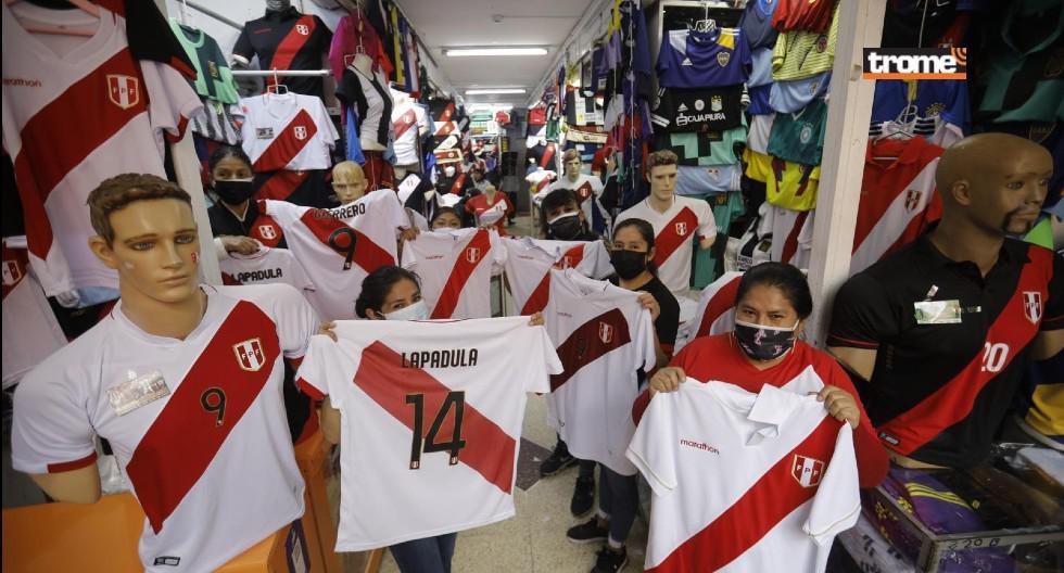 Triunfo de la selección peruana levanta ventas de comerciantes en Gamarra y Mesa Redonda (Joel Alonzo / Trome)